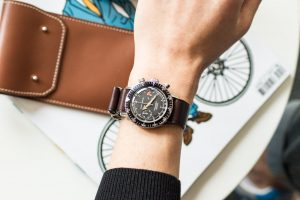 Types of watch straps, which are commonly used by everyone